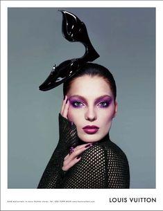 Art in Fashion!                                                               Else Schiaparelli famous #shoehat