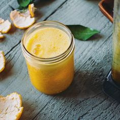 Blended Citrus Juice With Ginger And Turmeric. Get this and 50+more Juice #recipes at https://feedfeed.info/juice?img=1368370 #feedfeed