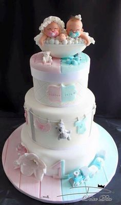 Pretty Cakes, Cute Cakes, Beautiful Cakes, Yummy Cakes, Twin Baby Shower Cake, Baby Shower Cake Designs, Gateau Baby Shower, Twins Cake, Cakes For Twins