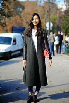 http://www.modelsjam.com/2015/04/liu-wen-paris-september-2014.html
