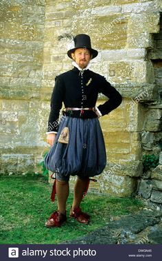http://www.alamy.com/stock-photo-english-tudor-period-gentleman-gentry-costume-fashion-fashions-late-67365317.html