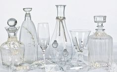 Greek Orthodox wedding accessories, wine decanter sets, handcrafted stefana carafe and wine glasses. Wine Decanter Set, Crystal Decanter, Carafe, Wedding Themes, Wedding Favors, Greek Wedding Traditions, Gold Tulle, Orthodox Wedding, Christening Favors