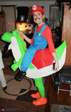 Mario Riding Yoshi - DIY Illusion Halloween Costume
