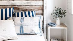 bedroom-beach-timber-bedhead-stripes