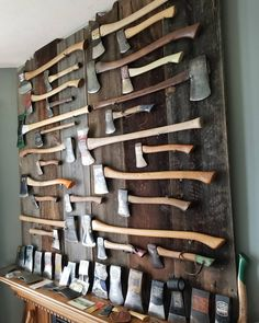 Antique Tools, Old Tools, Vintage Tools, Throwing Axe, Axe Handle, Viking Axe, Beil, Knives And Swords, Welding Projects