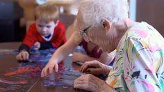 Una guardería en un centro de ancianos y sus vidas se transforman.
