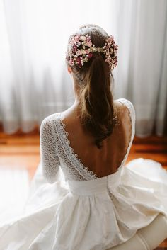 hair stylist hair styles for the bride hair jewelry kardashian wedding hair length wedding hair hair with flowers hair to side up half down wedding hair Weeding Dress, Dream Wedding Dresses, Wedding Gowns, Hair Wedding, Veil Hairstyles, Wedding Hairstyles, Simple Hairstyles, Baddie Hairstyles, Natural Hairstyles