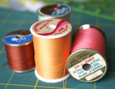 Be a Better Craft Teacher: Know Your Stuff Sewing Hacks, Sewing Projects, Sewing Tips, Sewing Tutorials, Sewing Ideas, Teacher Introduction, Sew Mama Sew, Crochet Classes, Things Under A Microscope