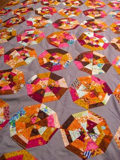 beautiful spider web quilt