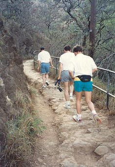 Diamond Head Hike - been there, done that :)