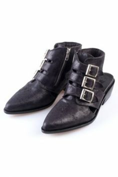 Buckle low open heel bootzip side entry4cm high heel, small platformbranding crosses stitching on frontfully stitched leather sole? Hand made? Branding stamp on bottom.   *runs small, please size up.