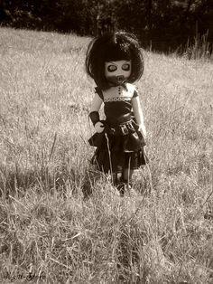 Ruby Mezco Ldd Series 28 Sweet 16 Fiesta Hospitable Living Dead Dolls