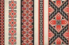 Рівне У вишивці домінували прості геометричні візерунки червоного кольору з добавкою синього. Жіночі сорочки часто вишиваються тільки червоною заполоччю та дуже простим орнаментом. Червоною ниткою на білому-сірому тлі льняної полотнини. Характерні вишивальні техніки занизування, верхоплут, настилування. Вишивка цього регіону — вишукано проста та чітка за композицією. Домінуючим є найдавніший монохромний (одноколірний) геометричний орнамент.