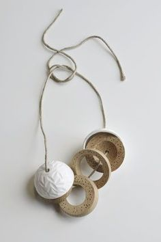 Chequita Nahar - Prapi - necklace, 2010, porcelain, oak, string - 556 x 71 mm