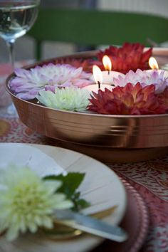 Easy DIY Dahlia Centerpiece - could be done with other flowers/succulents Indian Wedding Flowers, Wedding Flower Decorations, Wedding Ideas, Wedding Stuff, Dream Wedding, Floating Candle Centerpieces, Diy Centerpieces, Dahlia Centerpiece, Candles In Fireplace