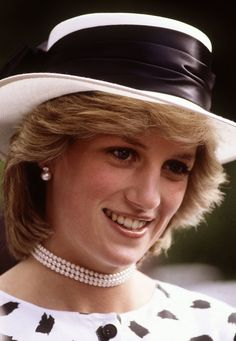 For an April 1983 garden party in Auckland, New Zealand, Diana proved black and white is anything but boring.                   Source: Getty
