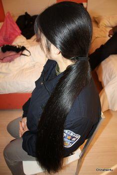 Long Ponytail Hairstyles, Long Hair Ponytail, Long Braids, Indian Hairstyles, Pretty Hairstyles, Girl Hairstyles, Beautiful Long Hair, Gorgeous Hair, Long Black Hair