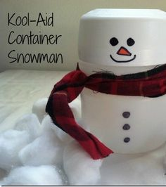 Christmas Crafts for Kids: Kool-Aid Container Snowman Christmas Crafts For Kids, Christmas Fun, Cute Christmas Decorations, Holiday Crafts, Christmas Projects, Christmas Ornaments, Primitive Christmas, Kid Crafts, Holiday Ideas