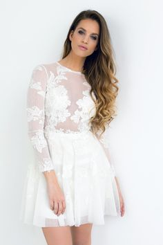 Karin Dragos is wearing the Barbie dress / Nora Sarman / photo Flor Florance Photography Karin Dragos, Barbie Dress, Dress Outfits, Dresses, White Dress, Make Up, How To Wear, Photography, Beauty
