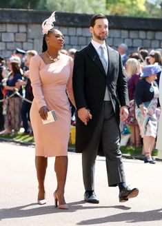 fashion news is the daily stop for worldwide breaking news, collection launches, shopping tips and fashion week coverage. Serena Williams, Royal Wedding Outfits, Royal Weddings, Wedding Wear, Meghan Markle, Lady Diana, Oprah, Daily Fashion, Fashion News