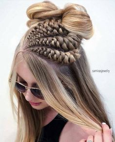 60 Gorgeous Loose Braided Hairstyles For Long Hair To Make You Stand Unique # loose Braids makeup 60 Gorgeous Loose Braided Hairstyles For Long Hair To Make You Stand Unique # loose Braids makeup # loose Braids makeup Loose Braids, Braids For Long Hair, Twist Braids, Curly Hair, Half Braided Hairstyles, Pretty Hairstyles, Hairstyles 2016, Hairstyle Ideas, Simple Hairstyles