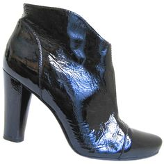 POUR LA VICTOIRE High Heel Ankle Booties Black Patent Leather Zip Pointed Toe 9  #PourLaVictoire #AnkleBoots #Party