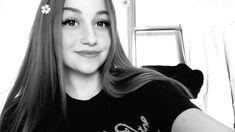 Girly Girl Selfie Make-up Snapchat Selfies, Snapchat Girls, Cute Hairstyles For Short Hair, Short Hair Styles, Fake Girls, Fake Photo, Girly Pictures, Photos Tumblr, Mode Hijab