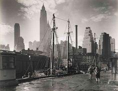 new york city, November 26 1935, manhattan skyline, fulton street dock, pier 17. Taken by Bernice Abbot (1898-1991).