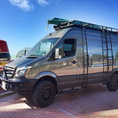 American Van Works Sprinter 4x4 build outfitted with Aluminess gear . . #aluminess #roofrack #ladder #surfpole #lightbar #adventuremobile #adventurevan #sprintercampervans #sprintervan #camperconversion #campervan #surfvan #mercedessprinter #floridakeys