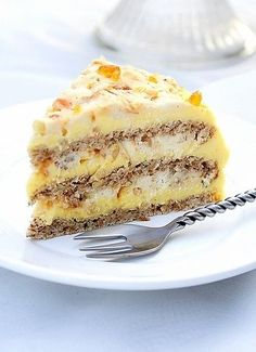 Torte Egyptian - impress your guests with this fabulous dessert with pralines and creamy layers of custard and hazelnuts Brownie Desserts, Just Desserts, Delicious Desserts, Yummy Food, Fun Food, Sweet Recipes, Cake Recipes, Dessert Recipes, Recipes Dinner