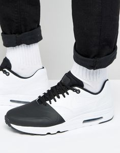 net binnen Nike  Air Max 1 Ultra 2.0 In Black 875845-001