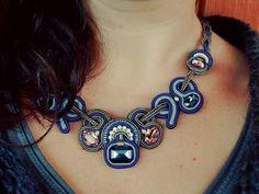 Blue emozioni #soutache #necklace #handmadejewelry #madeinitaly #jewelrydesigner #hashtag #instafashion #instalike #instafaschion #instacool #madeinitaly #jewels #faschion #accessory #selenkhloejewelry #blulove