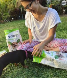 Berry and I are missing our third musketeer @consciouschris 😫 but nonetheless, we are having some great mommy and me time haha (that sounds so weird to say but this is the most mom I think I'll ever be 😂). Berry and I teamed up with @vdogfood to give you the chance to win a bag of their vegan dog food on my blog, direct link in my bio 🙌🏼😛 I get a lot of questions regarding Berry's diet, if he's vegan and if it's healthy for him. The answer is yes and YES. There's more info and links on…