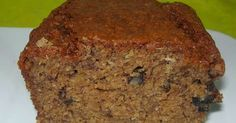 The best Chocolate Chip Banana Bread. This easy to make, super moist banana bread recipe will be your go-to recipe anytime you have overripe bananas on your counter! Choc Chip Banana Bread, Super Moist Banana Bread, Raisin Bread, Agave Nectar Recipes, Banana Bread Recipes, Cookies Et Biscuits, Dessert Recipes, Yummy Recipes, Recipies