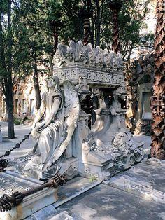 Barcelona - Cementiri de Montjuïc 009 b by Arnim Schulz, via Flickr
