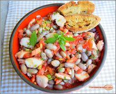 Salade de poulpe et de haricots roses.