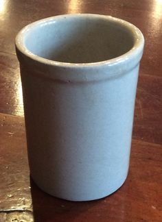 """RARE ANTIQUE 4 3/4""""  SIGNED V or 7 STONEWARE CUP or MINIATURE CROCK  #Colonial #V"""