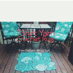 Free Crochet Rug Pattern - Made out of T-shirt yarn.