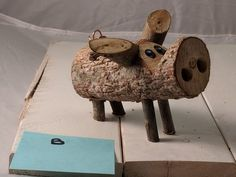 This is a unique pig that is smaller. All hardwoods are used to make these pigs and they are all handmade by us. Keep in mind that each pig is uniquely individual and is a one-of-a-kind. Wood Log Crafts, Cork Crafts, Diy Wood Projects, Woodworking Projects, Wood Pig, Wood Animal, Wood Slices, Nature Crafts, Recycled Art