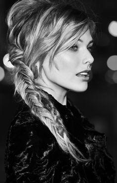Modèle de coiffure pour mariage cheveux longs automne-hiver 2015 @ Jean Louis David