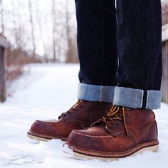 SnapWidget | At least it's sunny out? #rrl #selvedge #rawdenim #redwing #redwingboots #redwing1907 #beaters #wiwt #ootd #menswear #mensstyle #madeintheusa #redwingshoes #vscocam