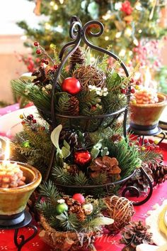 christmas arrangements with candles - Buscar con Google