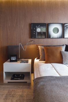 Um quarto chique e descolado, perfeito para um casal contemporâneo. A escolha de…