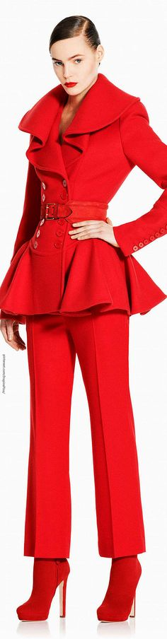 Alexander McQueen - Wow, this outfit is almost tooooooooo much red, even for me. KIDDING ! I adore the entire look. Bring it on. I do love Red !!!
