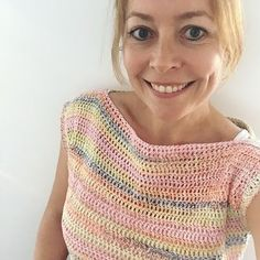 Crochet Summer Shirt | ANNEMARIE'S CROCHET BLOG | Bloglovin' Cotton Crochet Patterns, Crochet Designs, Free Crochet, Knit Crochet, Harry Potter Crochet, Crochet Summer Tops, Crochet Tops, Crochet World, Crochet Blouse