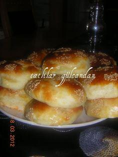 Sponge donut with potato - Yemek tarifleri - French Toast Turkish Kitchen, Turkish Tea, Tea Time Snacks, Savory Pastry, Diva Nails, Cupcakes, Turkish Recipes, Fun Cooking, Potato Recipes