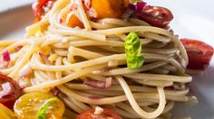 Recipes: Spaghetti with marinated tomatoes & basil, deli dash bucatini, and pasta & peas with lemon sauce | Stuff.co.nz