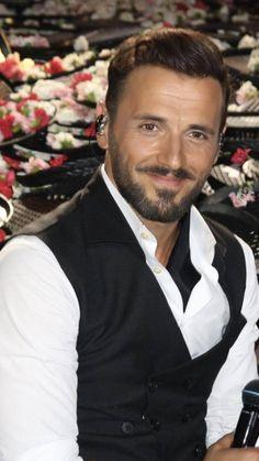 Milo Ventimiglia, Hot Men, Sexy Men, Hot Guys, Greek Music, Portrait Photo, Idol, Singer, Celebrities