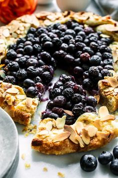 Easy, fresh and flaky - Blueberry Almond Crostata recipe Easy Desserts, Delicious Desserts, Dessert Recipes, Yummy Food, Drink Recipes, Easy Sweets, Summer Desserts, Sweet Desserts, Healthy Desserts