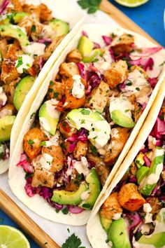 Chipotle Chicken Tacos are made with tender chipotle chicken, a creamy chipotle sauce, and crunchy red cabbage slaw. Chipotle Sauce, Chipotle Chicken, Marinated Chicken, Chicken Tacos, Chicken Taquitos, Crack Chicken, Chicken Kiev Recipe, Chicken Recipes, Quesadillas